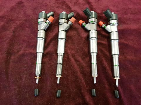 SET OF 4 LAND ROVER FREELANDER 2.0 TD BOSCH DIESEL INJECTOR 0445110049